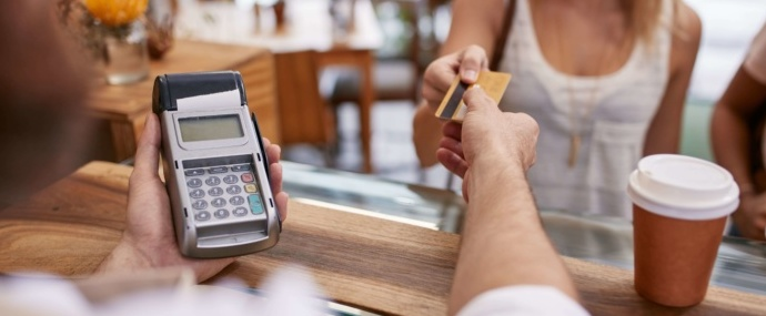 Wireless credit card payment processing with a client