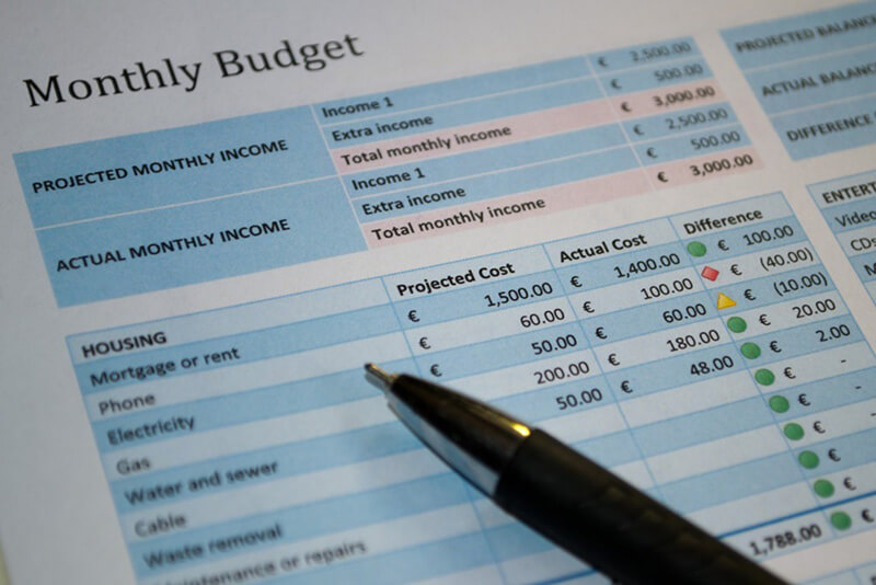 The budget blogs have a mix of personal finance and business tips to help small business owner cut down on their costs