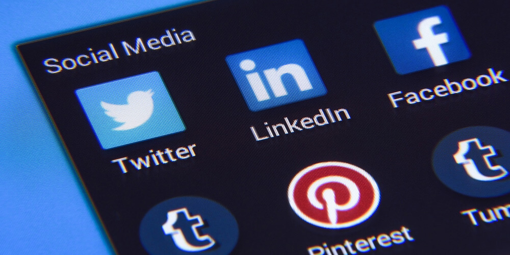 These are the important ways social media can boost your consulting business