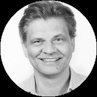 William Gadea - Effective Team Management Tips